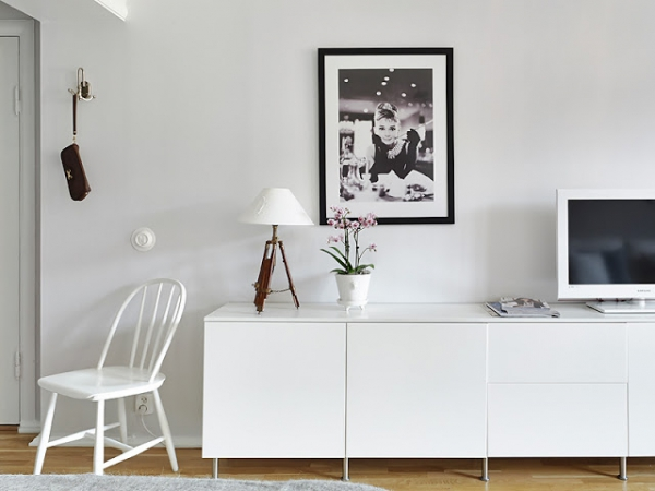 small-white-apartment-4
