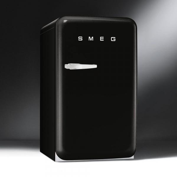smeg-fancy-fridges-10