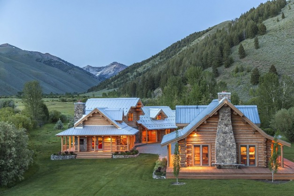 sophisticated-and-spacious-ranch-house-2