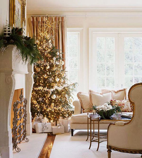 sophisticated-christmas-decoration-in-gold-8