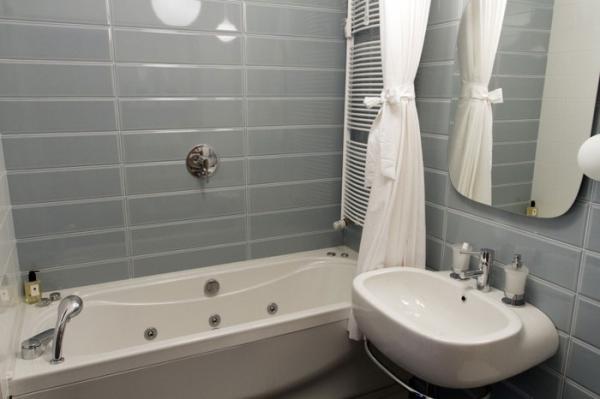 sophisticated small residence (12).jpg