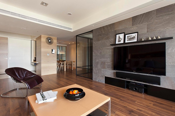 spacious-apartment-with-extra-features-1