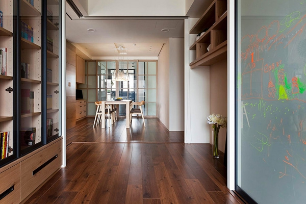 spacious-apartment-with-extra-features-7