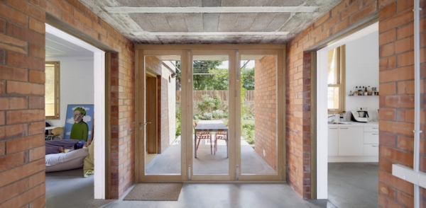 Spanish brick house 1101 (10)