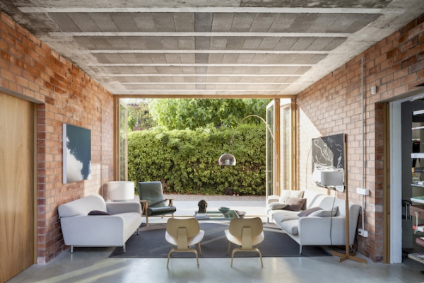 Spanish brick house 1101 (14)