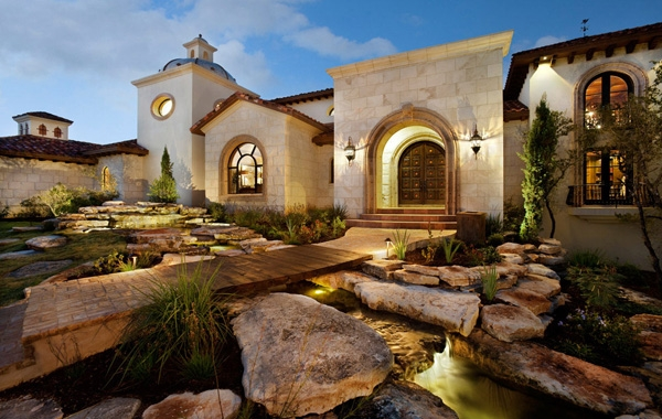 sprawling-magnificent-house-25