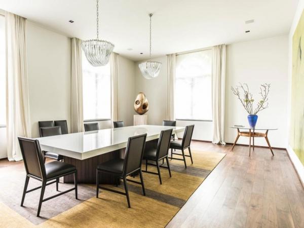Stunning and modernly elegant apartment interior (11)