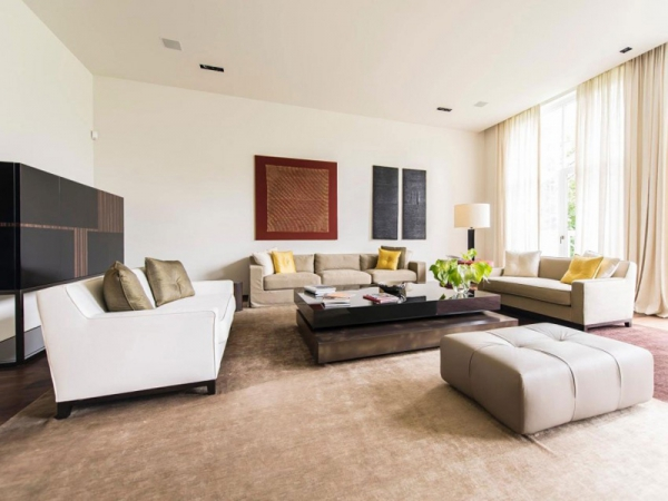 Stunning and modernly elegant apartment interior (9)