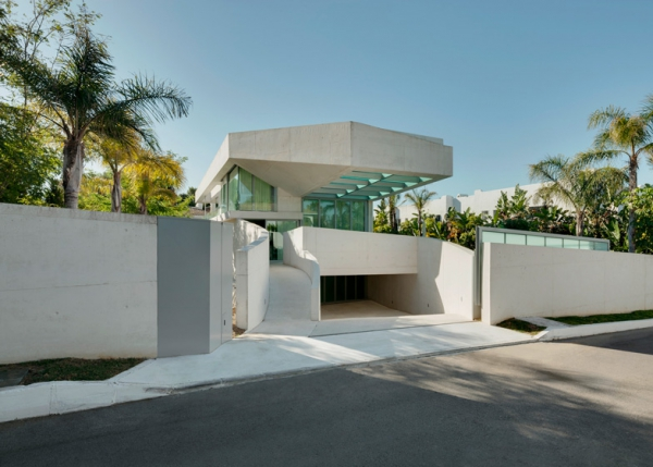 stunning-architecture-in-marbella-1