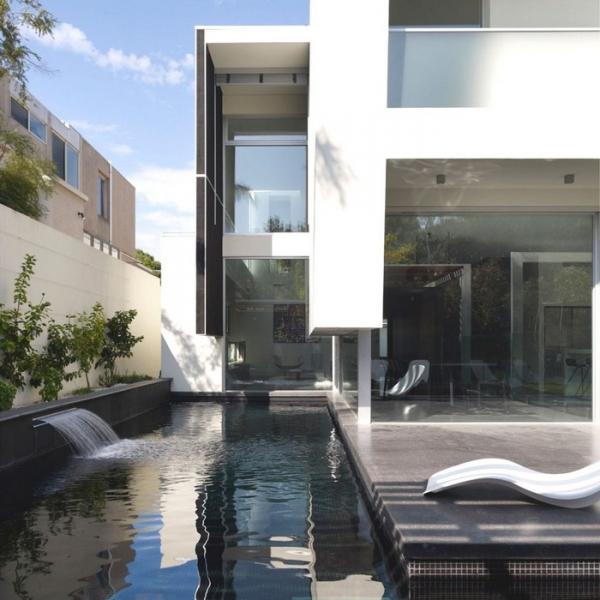 Stunning australian contemporary minimalist house for Minimalist homes australia