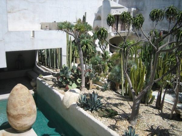 stunning-californian-stone-house-17
