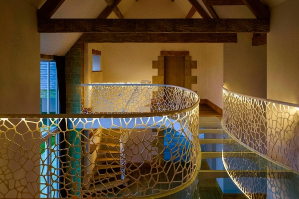 stunning-contemporary-staircase-in-england-5