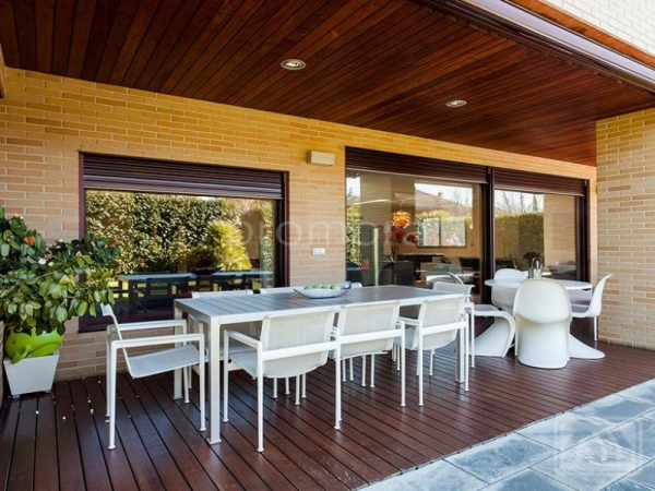 Stunning Madrid villa perfect for the family (17)
