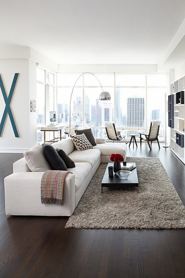 Stunning modern condo rises high above Central park             (4)