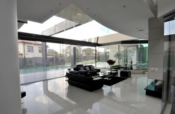 stunning-modern-mansion-10