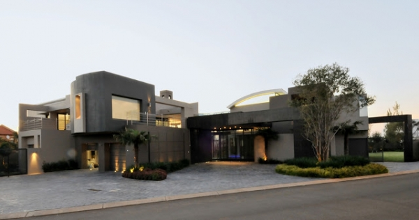 Big Modern Mansion Exterior