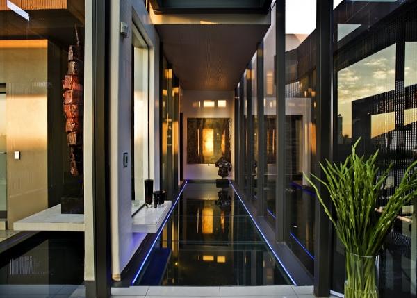 stunning-modern-mansion-8
