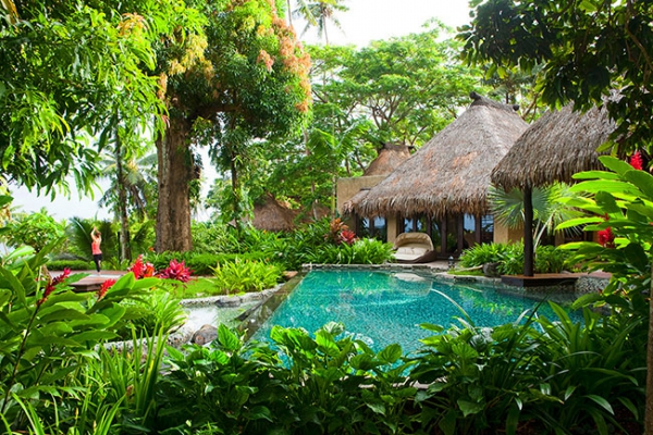 stunning-resort-on-a-private-island-16