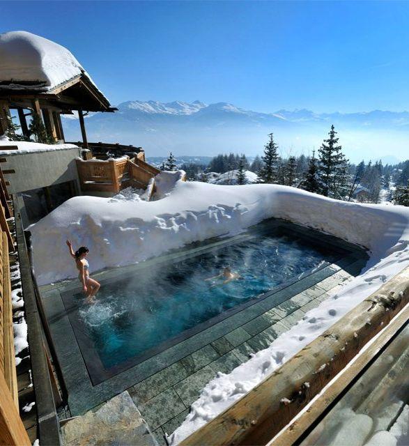 stunning swimming pools 16