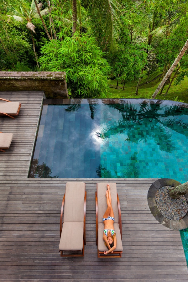 stunning swimming pools 19