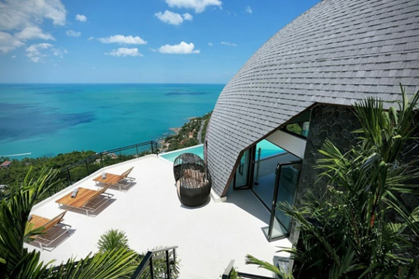 Stunning villa on top of the world (3)