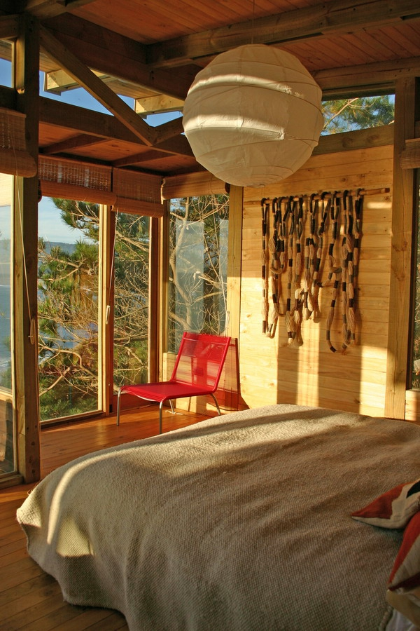 stunning-wood-cabin-with-a-view-to-die-for-5
