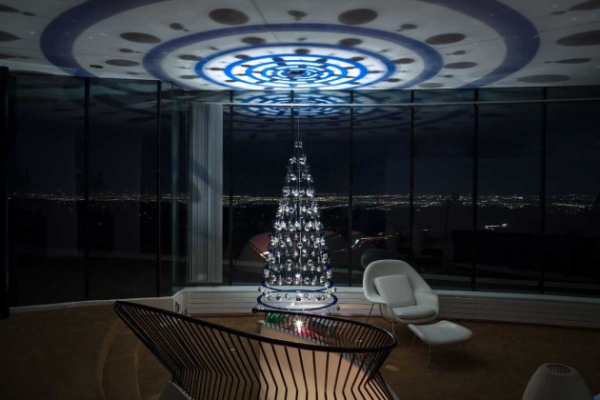 contemporary Christmas tree (4)
