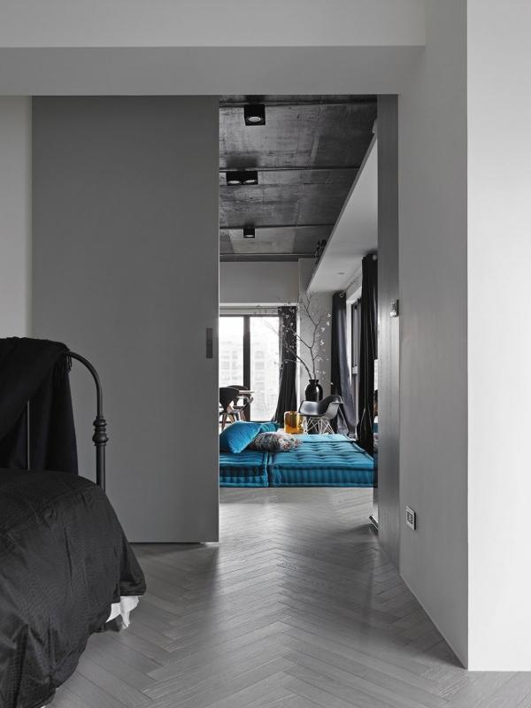 Stylish interior design with industrial overtones (7).jpg
