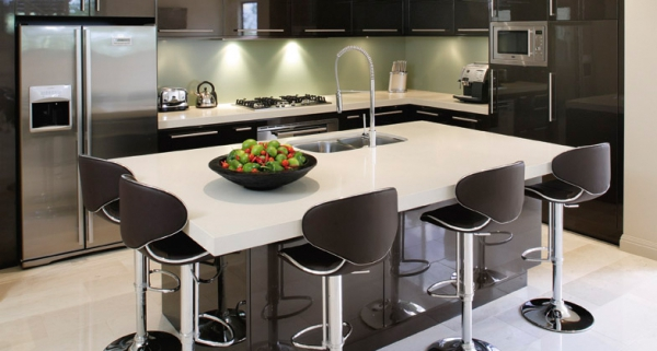 Stylish quartz kitchen countertops (10)