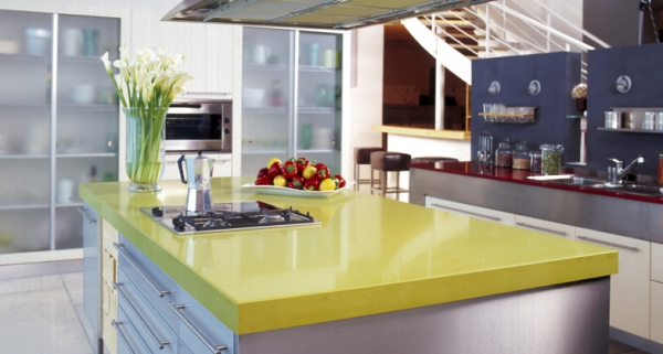 Stylish quartz kitchen countertops (17)
