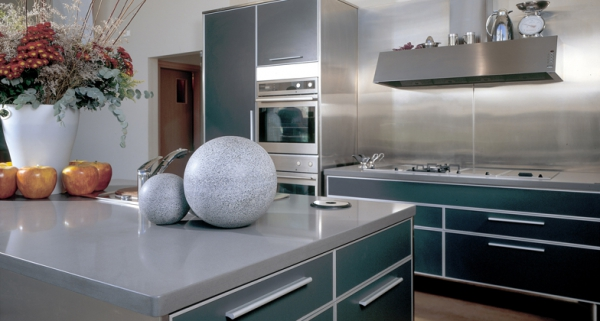 Stylish quartz kitchen countertops (2)