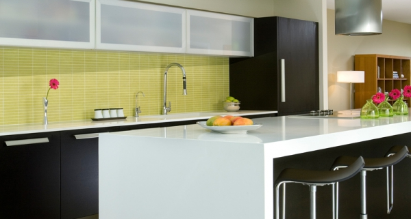 Stylish quartz kitchen countertops (7)
