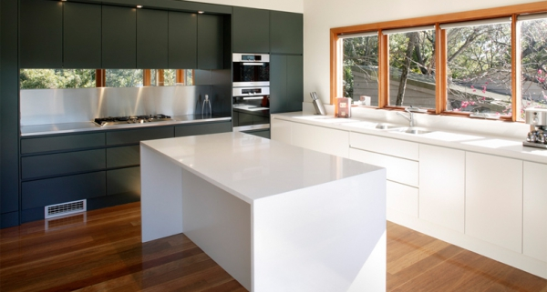 Stylish quartz kitchen countertops (9)