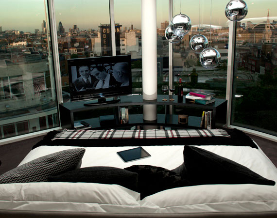 the-amazing-w-hotel-in-london-13