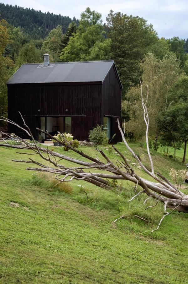 renovated barn house (11).jpg