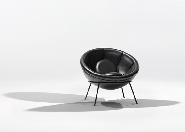 the-bowl-chair-fashionable-and-unique-piece-of-furniture-7
