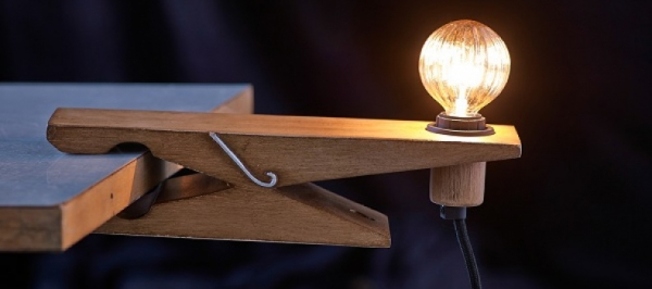the-clamp-lamp-a-new-spin-on-a-great-design-1
