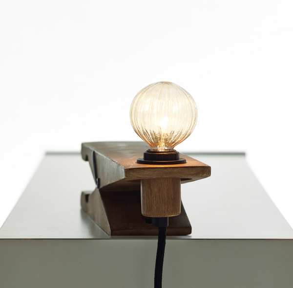 the-clamp-lamp-a-new-spin-on-a-great-design-2