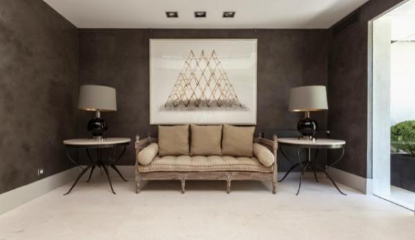 The Dark Gray Beauty: An Elegant House Design