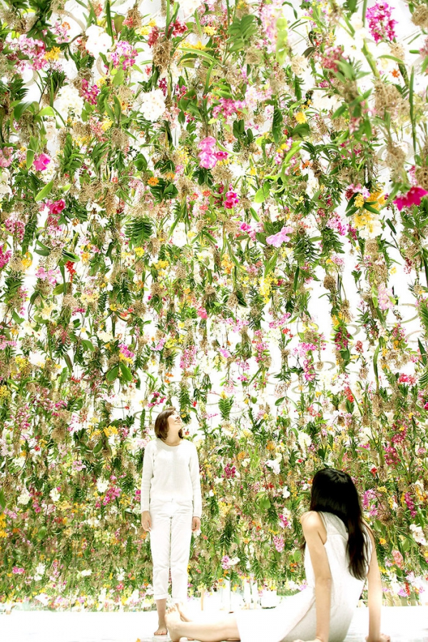 suspended garden by TeamLab (4).jpg