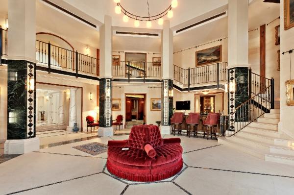 the-incredibly-expensive-bradbury-estate-in-california-11