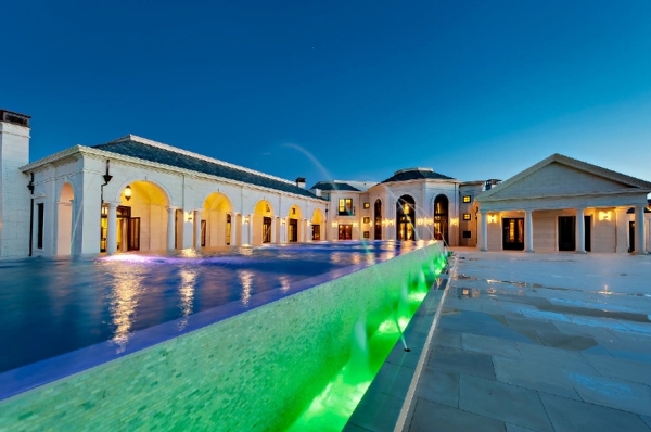 the-incredibly-expensive-bradbury-estate-in-california-2