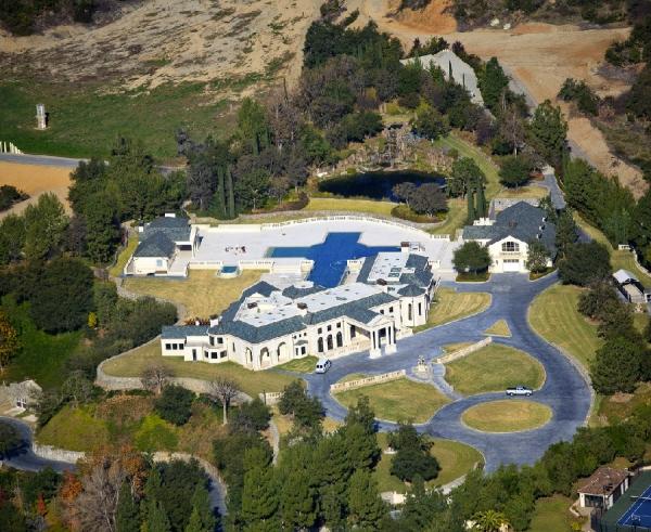the-incredibly-expensive-bradbury-estate-in-california-7
