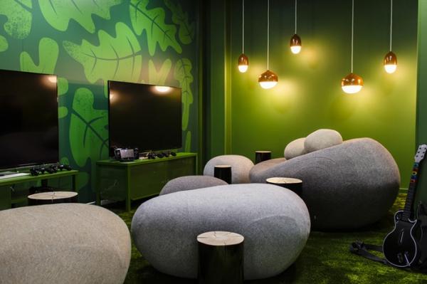 colorful office design (16).jpg