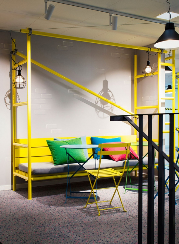 colorful office design (18).jpg