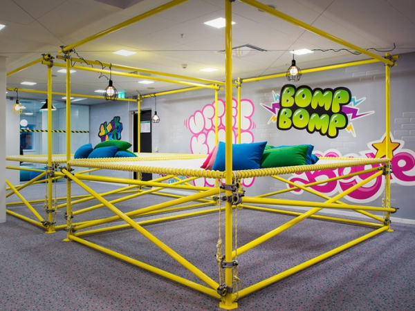 colorful office design (26).jpg