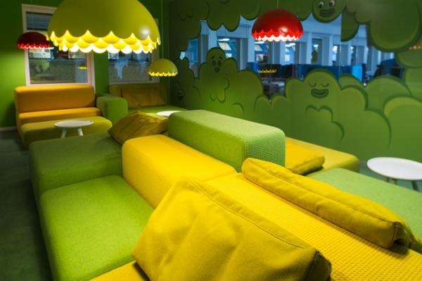 colorful office design (4).jpg