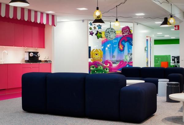 colorful office design (5).jpg