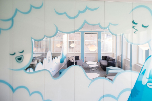 colorful office design (6).jpg