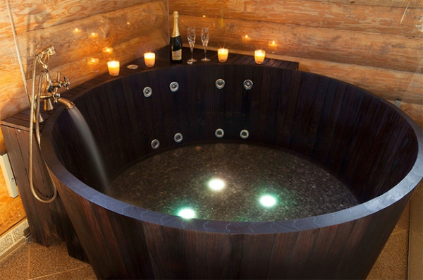 The Khis range of luxury wooden tubs (3)